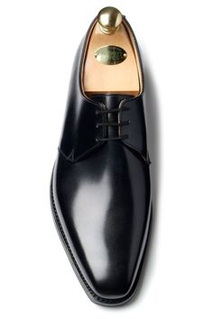 daniel craig crockett and jones shoes james bond skyfall