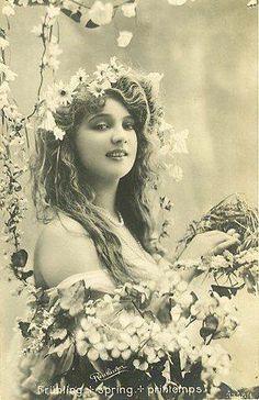 Vintage Gypsy Bohemian Girl