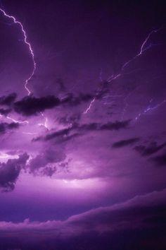 Violet Aesthetic, Dark Purple Aesthetic, Lavender Aesthetic, Aesthetic Colors, Aesthetic Pictures, Neon Purple, Purple Walls, Purple Rain, Shades Of Purple