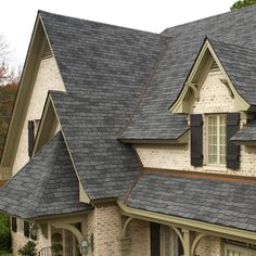 Woodland® Roofing Shingles combine rustic charm with style that will make your home look spectacular at a great price. Slate Shingles, Asphalt Roof Shingles, Slate Roof, Roofing Shingles, Residential Metal Roofing, Roof Replacement Cost, Roof Cap, Roof Shingle Colors, Roof Edge