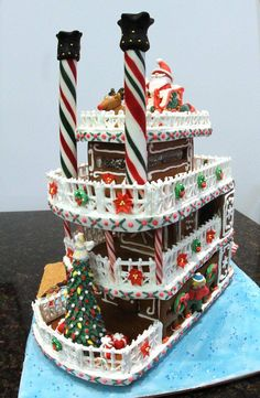 Gingerbread House~Gingerbread Steamboat