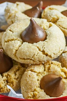 4 Ingredient Peanut Butter Blossom Cookies Recipe