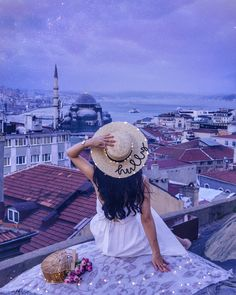 Beautiful view over Istanbul, Turkey. Photo via IG wearing the Classic Petite Melrose Gold (shop the watch here). Cute Girl Pic, Stylish Girl Pic, Girly Pictures, Beautiful Pictures, Dp Pictures, Girl Photography, Creative Photography, Profile Picture For Girls, Artsy Photos