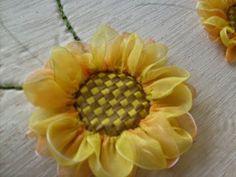 FLOR SOL EN JGO DE BAÑO Sun flower bath set - YouTube
