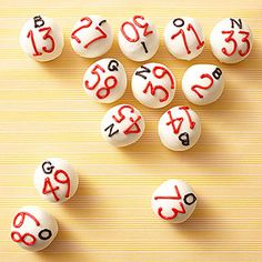 Doughnut holes, dipped in white chocolate, with bingo numbers piped on. Bingo Cake, Bingo Party, 75th Birthday Parties, 80th Birthday, Diy Playing Cards, Bingo Night, Game Night Parties, Game Themes, Family Game Night