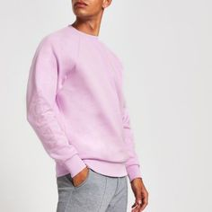 Cotton fabric Maison Riviera embossed sleeve Long sleeve Crew neck Regular fit Ribbed cuff Our model wears a UK M and is tall Mens Sweatshirts, Hoodies, Collar Shirts, Style Guides, Cotton Fabric, Casual Outfits, Pullover, Purple, Long Sleeve