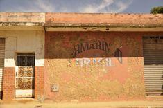 #aracuai #brasil #brazil #building #calle #casa #cidade #city #ciudad #edificio #house #jequitinhonha #minas gerais #plaza #predio #rio #river #rua #stores #streat #vale do jequitinhonha