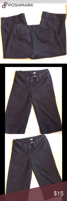 Gap Stretch Capri Size 6 Great Condition Gap Stretch Capri Size 6 GAP Jeans Ankle & Cropped