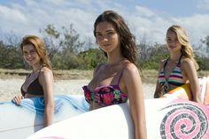 Alien surf girls ~ Lightning point