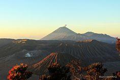 Revisit Bromo Mount Rainier, Natural Beauty, Scenery, Explore, Mountains, Landscape, Nature, Travel, Naturaleza