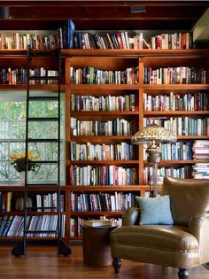 Escala para biblioteca - Stunning Children'S Books decorating ideas for Attractive Family Room Craftsman design ideas with bookcase bookshelves built in shelves built-in bookshelves Home Library home office leather Cozy Home Library, Home Library Design, Library Wall, Dream Library, House Design, Library Ladder, Library Ideas, Beautiful Library, Future Library