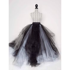 Tainted Love Tulle Skirt ❤ liked on Polyvore featuring skirts, textured skirt, long tulle skirt, bandeau tops, tulle skirts and stretch belt