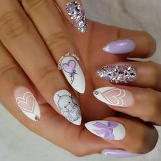 Don't walk into a baby shower with everyday looking nails. Choose one of these super cute baby shower nail designs to make your nails look baby shower special. Natural Nail Designs, Best Nail Art Designs, Acrylic Nail Designs, Acrylic Nails, New Nail Art, Cool Nail Art, Party Nails, Fun Nails, Baby Shower Nails