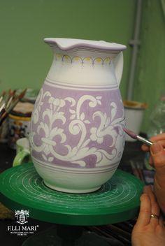 Work in progress... Deruta blu royal. Italian ceramics 100% handmade and hand painted. #italianceramics #handmade #madeinitaly #workinprogress
