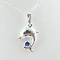 Dolphin Swarovski Crystal Sterling Silver Pendant Diamond Cut Open Curb Chain Necklace for Child 14 Inch (Jewelry) http://www.amazon.com/dp/B005DONANW/?tag=mnnean-20 B005DONANW