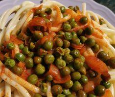 Magyaros szűzérme lecsóval és burgonyával Recept képpel - Mindmegette.hu - Receptek Kung Pao Chicken, Pasta Salad, Ethnic Recipes, Food, Crab Pasta Salad, Essen, Meals, Yemek, Eten