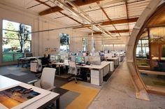 #Office #tuesday: Hoe bedoel je een 'groen' #kantoor. Het #duurzame #kantoor is zelfs beloond met een 'LEED Gold onderscheiding.