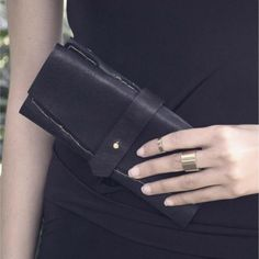 The Heirloom Purse - ILUNDI - genuine leather Leather Craft, Leather Bag, Personal Style, Gloves, Purses, Bags, Accessories, Lifestyle, Handbags