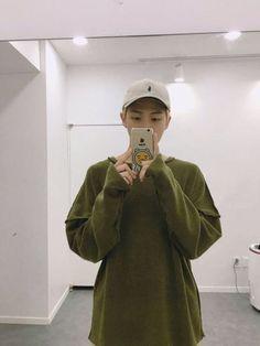 Image de bts, namjoon, and rap monster Taehyung, Bts Namjoon, Bts Selca, Yoongi, Bts Bangtan Boy, Seokjin, Hoseok, Bts Jimin, Mixtape