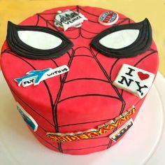 "Duff's Cakemix ""Our spidey senses are tingling! Superhero Birthday Party, Birthday Parties, Duff Goldman, Diy Cape, Fondant, Spiderman, Favor Bags, The Duff, Cupcake Cakes"