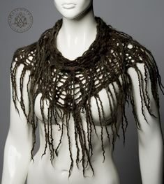 Felted fringe cowl / Chunky knit dark green and earthy brown / Pure wool Felt fringes / Boho wool capelet / Tribal psy fashion / Burning man