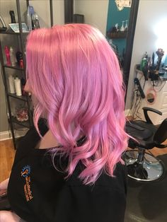 High Color Visibility on Hair Looks Naturally Dyed Can be Mixed and Matched with Other Play 'Do Hair Color Clay to Achieve a Variety of Colors Pink Ombre Hair, Pastel Pink Hair, Hair Color Pink, Cool Hair Color, Green Hair, Blue Hair, Hair Clay, Pulp Riot Hair Color, Medium Hair Styles
