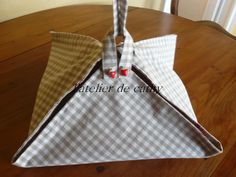 sac pour transport de : gateaux saladier,tarte, et tout autres plats : Accessoires de maison par l-atelier-de-cathy
