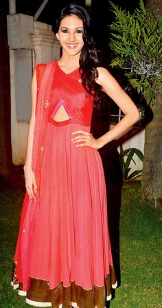 Amyra Dastur at the launch of Kanika Kedia's Spring Summer collection 2015. #Bollywood #Fashion #Style #Beauty