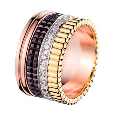 Quatre Classique Large Ring, a Maison Boucheron Jewelry creation. A Boucheron creation tells a Story, that of the Maison and your own.
