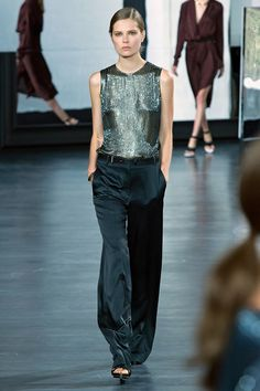 Built-in, ever-changing pattern as the light plays off the silvery sequins. I am so ready for separates as evening wear -- these satin (or perhaps silk) trousers are impossibly elegant. Jason Wu Spring 2015 RTW. #nyfw #JasonWu #spring2015