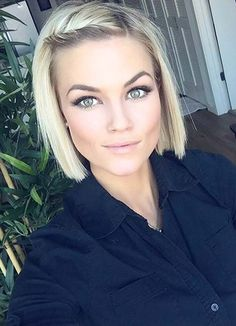 Short Hairstyles for Women with Thin/ Fine Hair: Straight Bob  #thinhair shorthairstyles #finehair