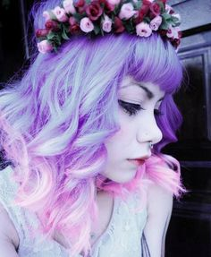 Pastel goth: pastel hair, flower and/or spike crowns, pigtails and hair bun themes