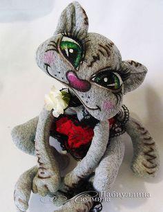 Интерьерная текстильная кукла - кошка в пеньюаре. Авторская работа.