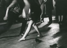 the60sbazaar: New Yorkers dance the twist (1962)
