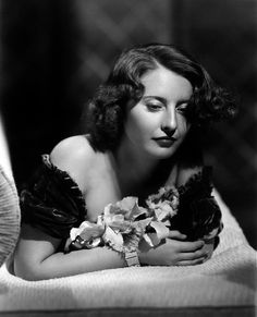 Enthusiast of Classic Movie , Hollywood Star , History , Antique , Art and The Ancient World Old Hollywood Movies, Old Hollywood Stars, Hooray For Hollywood, Old Hollywood Glamour, Golden Age Of Hollywood, Vintage Hollywood, Classic Hollywood, Hollywood Actresses, Barbara Stanwyck