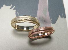 * wedding rings   oogst-sieraden * Trouwringen * Geelgouden ring met wasstructuur * 575 euro * Roodgouden ring met wasstructuur, smallere versie * 510 euro *