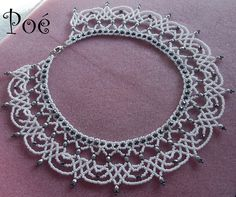 Poé gyöngyei Crochet Beaded Necklace, Beaded Necklace Patterns, Beading Patterns, Beaded Bracelets, Beaded Lace, Bead Jewellery, Bead Weaving, Beautiful Necklaces, Creations