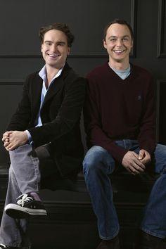 Johnny Galecki and Jim Parsons, aka, Dr Leonard Hoffstader and Dr. Sheldon Cooper. <3 Simply brilliant!