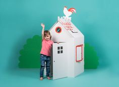 stabiles großes Pappspielzeug Cardboard Playhouse, Cardboard Toys, Cardboard Furniture, Laminating Paper, Roof Hatch, Cardboard Fireplace, Recycling, Shop Work Bench, Hiding Places