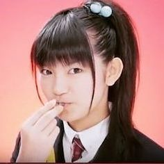 Short Suzuka Nakamoto's past diary on Sakura Gakuin about changing her black old cellphone into a new one, Sakura Gakuin color! She also talks about the address book in her new phone! . .  Read her diary translated in the following blog post! https://www.babymetalnewswire.com/2010/10/22/suzuka-nakamoto-diary-about-her-new-sakura-gakuin-pink-cellphone/ . . #BABYMETAL #SakuraGakuin #さくら学院 #SuMetal #SuzukaNakamoto