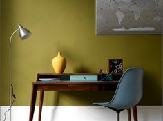 Mid-Century Desk Design in Stylish and Attractive Models : Exciting Traditional Home Office Decor With Stand Lamp And Wooden Mid Century Des. Cores Home Office, Home Office Colors, Home Office Design, Home Office Decor, House Design, Home Decor, Office Ideas, Office Designs, Masculine Home Offices