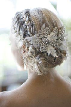 pretty hair for a winter bride