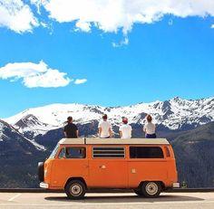 Road tripping in the modern age like it's 1969 /// #wanderlust #travel