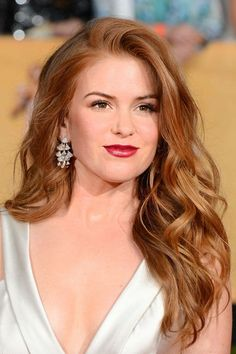 Find amazing Strawberry Blonde Hair Color ideas for you. All trending shades of Strawberry Blonde hair color. Dark, Light, natural looking Blonde hair color. Strawberry Blonde Hair Color, Red Hair Color, Red Color, Light Auburn Hair Color, Light Red Hair, Blonde Color, Blond Rose, Corte Y Color, Great Hair