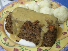 Brown gravy *VEGAN*    Ingredients  ¼ cup nutritional yeast  ¼ cup whole wheat pastry flour  2 cups vegetable broth  2 tbsp low sodium soy sauce  1 tsp onion powder  ¼ tsp garlic powder