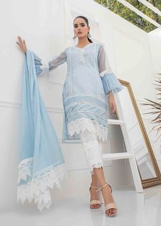 Stylish Dress Book, Stylish Suit, Stylish Dresses, Indian Clothes, Indian Outfits, My Sewing Room, Ethnic Dress, Shalwar Kameez, Blue Fabric