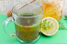 Ingredientul principal este pătrunjelul și îl puteți culege chiar din grădina dumneavoastră. Acest ceai de pătrunjel vă hrănește organismul și vă ajută să eliminați apa din țesuturi. Consumați-l timp de 5 zile după care faceți o pauză de 10 zile. Dați jos 5 kilograme în 3 zile dacă beți ceai de pătrunjel. Pentru un gust … More
