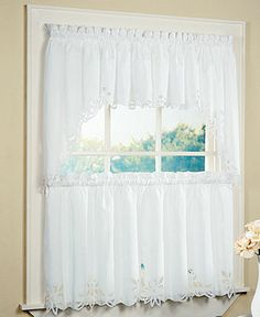 1000 Ideas About Cafe Curtains On Pinterest Curtains Valances And Window Treatments