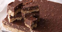 Μπουκιές με μπισκότο, σοκολάτα και φουντούκια