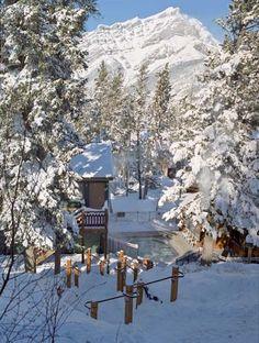 Buffalo Mountain Lodge - outdoor hot tub winter